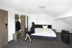 Hotel New In, Hotely  Ingolstadt - big - 4