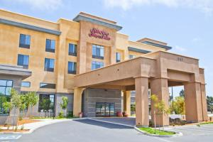 Photo of Hampton Inn & Suites Salinas