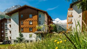 Haus Alpenglück, Apartments  Saas-Fee - big - 17