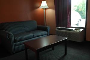 Photo of Americas Best Value Inn And Suites Knoxville