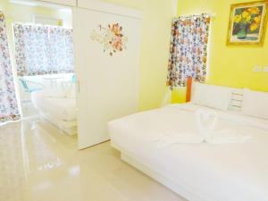 Photo of Holland Resort Phuket