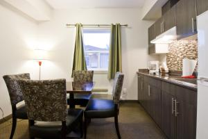 Single Room with Kitchenette -Smoking