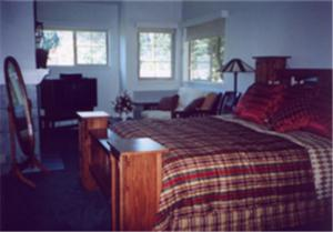 Fairfax Inn - Fairfax, CA CA 94930 - Photo Album