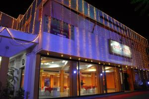 Photo of Hotel Maruti Mandapam