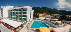 Photo of Idas Hotel