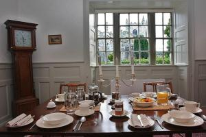Churchbank Bed and Breakfast in Beaumaris, Isle of Anglesey, Wales