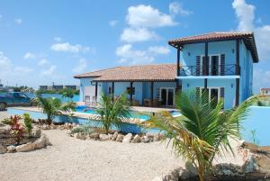 Photo of Poolvilla Cool Blue