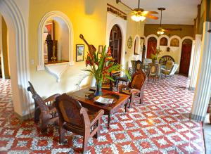 Photo of Hotel Los Balcones Leon