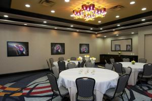 Hilton Garden Inn Ft Worth Alliance Airport, Hotels  Roanoke - big - 35