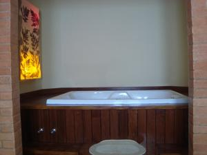 Chalet Master with Spa Bath