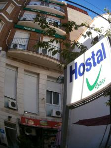 Lodging Hostal las Vegas, Madrid