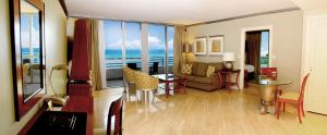Two-Bedroom Suite - Oceanfront