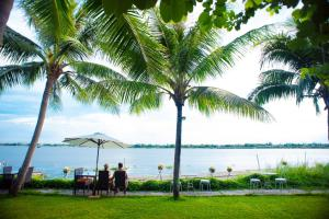 Photo of Vinh Hung Riverside Resort & Spa
