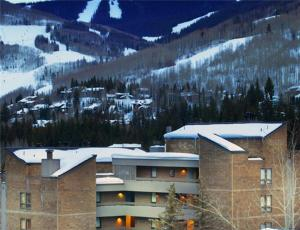 Vail 21 Condominiums booking