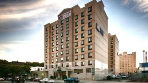 Photo of Best Western Plaza   Long Island City