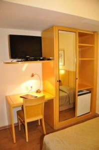Luxury Single Room with Double bed