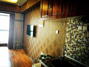 Photo of Yinchuan Family Aparthotel