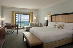 King Room with Gulf View - Club Level