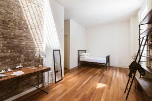 Two-Bedroom Apartment - Parlor Loft