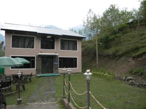 Photo of Dreamland Kashmir Cottage
