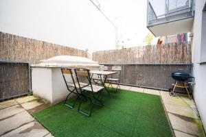 New central apartment with terrace and garage, Apartmanok  Bécs - big - 6