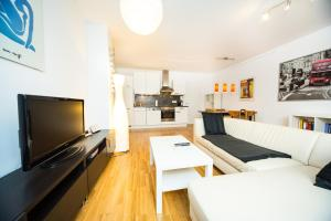 New central apartment with terrace and garage, Ferienwohnungen  Wien - big - 12