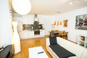 New central apartment with terrace and garage, Ferienwohnungen  Wien - big - 18