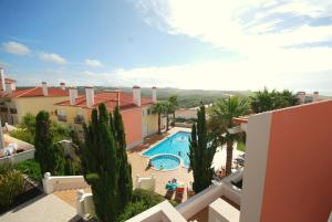 Photo of Charming Townhouse Praia D'el Rey