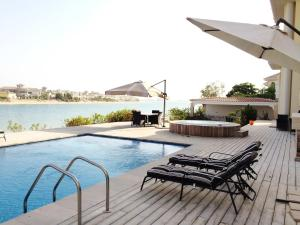 Dimora Palm Jumeirah Luxury Villa - Family Stay, Dubai