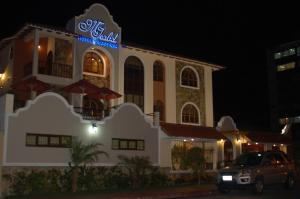 Photo of Hotel Maria Isabel