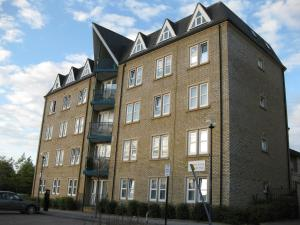 Savvy Serviced Apartments - Clarence House in Milton Keynes, Buckinghamshire, England
