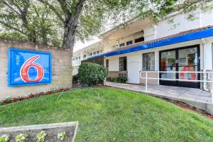 Photo of Motel 6 Pinole