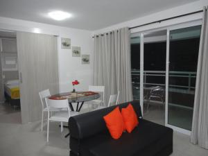 One-Bedroom Apartment with Sea View V