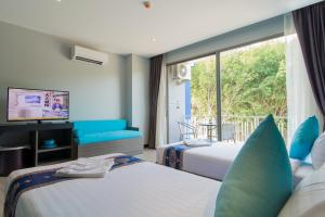 The Blue Hotel, Hotel  Chalong  - big - 43
