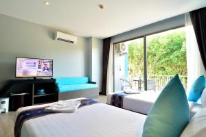 The Blue Hotel, Hotel  Chalong  - big - 39