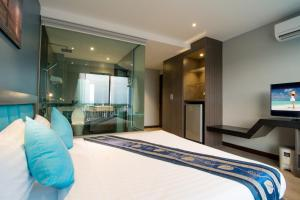 The Blue Hotel, Hotel  Chalong  - big - 38
