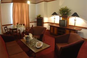 The Grand Hotel, Hotels  Nuwara Eliya - big - 57