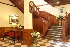 The Grand Hotel, Hotels  Nuwara Eliya - big - 100