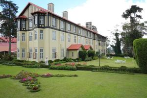 The Grand Hotel, Hotels  Nuwara Eliya - big - 1
