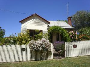 Photo of Miss Pyms Cottage