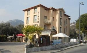 Photo of Hotel La Fontaine Du Peyron
