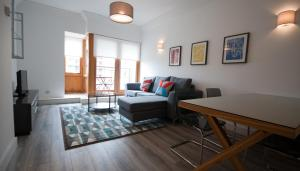 IFSC Dublin City Apartments by theKeyCollection, Апартаменты  Дублин - big - 11