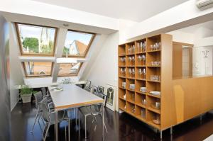 Photo of Spacious Apartments L4a