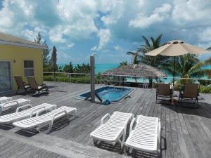 Photo of Tail Winds Resort