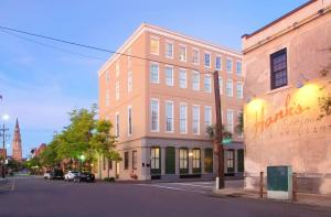 Photo of Double Tree Suites By Hilton Hotel And Suites Charleston Historic District
