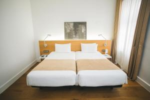 Special Offer - Standard Double Room - Budapest Winter Invitation