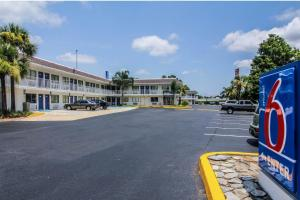Photo of Motel 6 Jacksonville   Orange Park