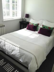 Waves Rooms in Padstow, Cornwall, England