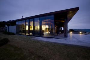 Five Bedroom Holiday Home