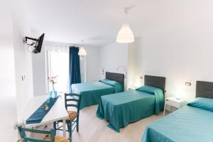 Stanze del Mare, Bed & Breakfasts  Balestrate - big - 6